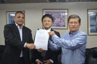 Nicaragua y Japón firman Memorándum de entendimiento de préstamo para el proyecto de construcción de puentes entre Rio Blanco y Siuna.